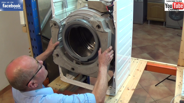 How To Replace A Zanussi Washing Machine Door Seal