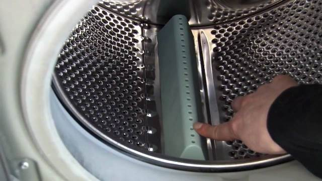 How To Replace A Hotpoint Washing Machine Drum Paddles Or