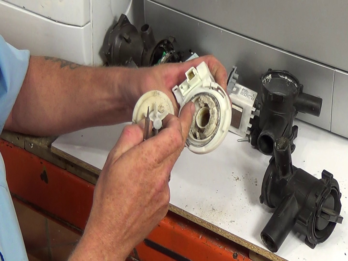 How to open washing machine pump filter that is stuck or for Washing machine motor repair